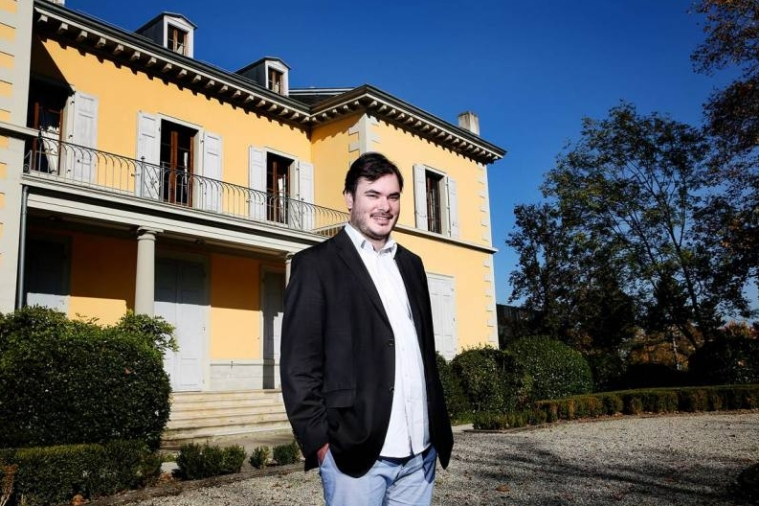 Thomas Hug, the succesful young director of artgenève and artmonte-carlo