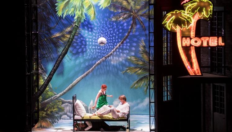 Manon by Jules Massenet / Direction Olivier Pi / Marko Letonja with Patricia Bon, Bernard Richter & Pierre Doyen, GTG / Carole Parodi